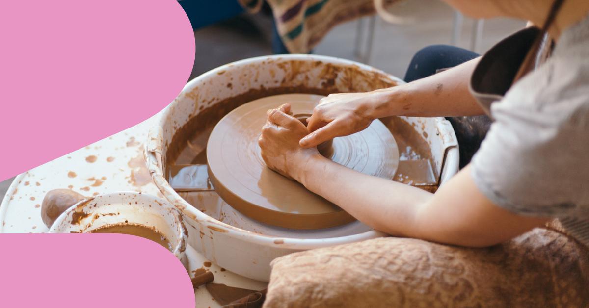 potter-using-wheel